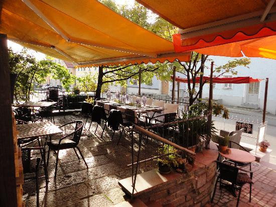 Bistro Cafe Pur: getlstd_property_photo
