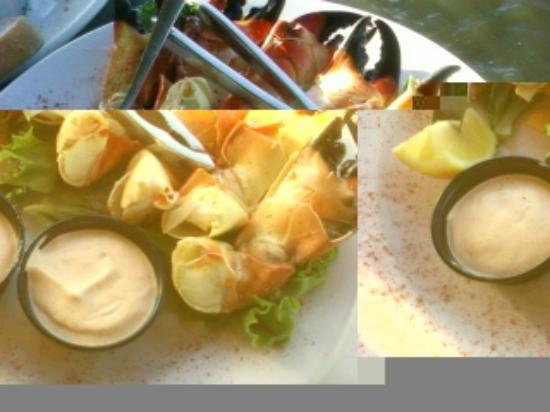 Dolphin Bar & Shrimp House: Stone Crab, cold with a very nice dipping sauce