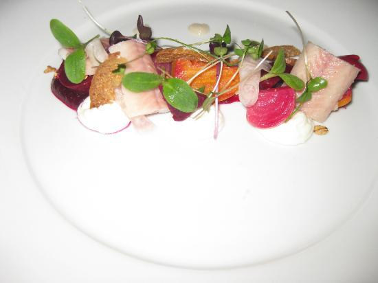 Preston House Restaurant and GuestHouse: Beetroot, goats cheese & eel salad