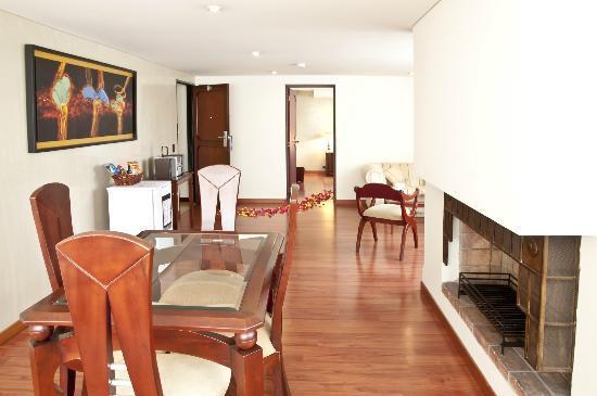 Hotel Centro Internacional: Suite