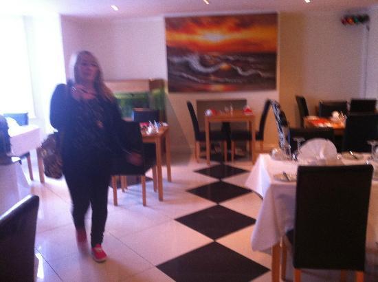 Iris Hotel: bfast ara