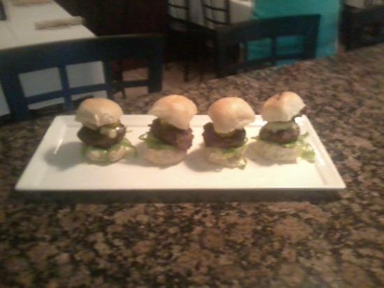 Fin Bistro: umami kobe sliders with vermont sharp cheddar, bistro bread and butter pickels and garlic aioli!