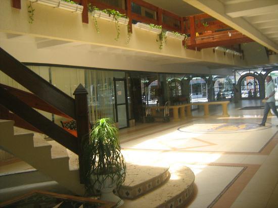 Apartahotel Las Americas: entrada Hotel