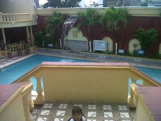Apartahotel Las Americas: area de Piscina