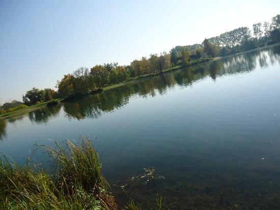 Čechy, Česká republika: a view of lake
