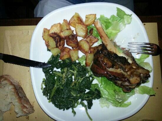 L'Angolo Divino : un fuori menù ...stanco d'agnello al forno con patate e rapette ripassare.