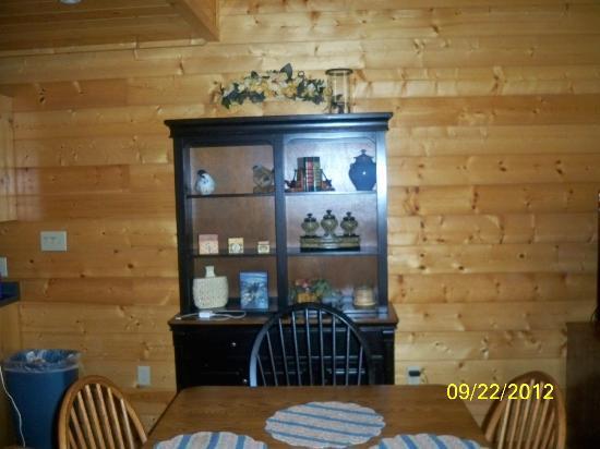 Elk Springs Resort: Near the kitchen table