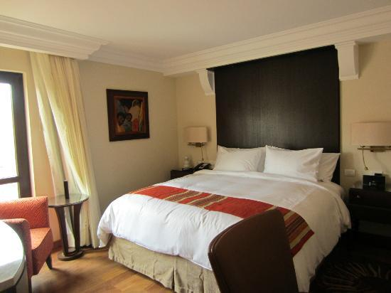 JW Marriott El Convento Cusco: Bed