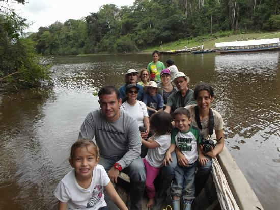 Amazon Reise Eco Lodge: Navegando por el rio