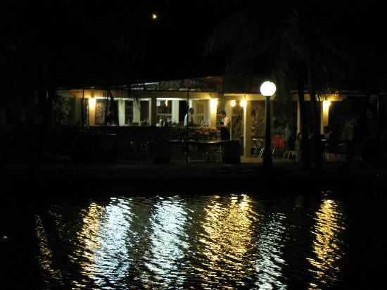 Really cool picture of la gruta varadero tripadvisor for Really cool hotels