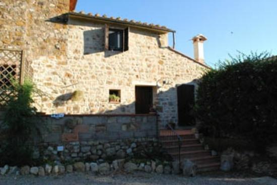 Residence Selvatellino: south side enterance