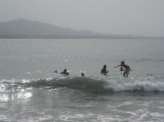 Puerto Viejo Beach: First time up...after that like a pro (video taped rest of the rides)
