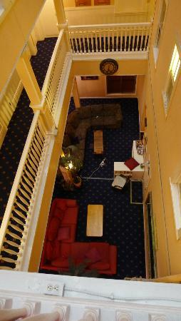 San Francisco International Hostel - View down to a common area