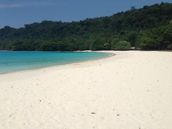 Village de Santo Resort : Exquisite Champagne Beach