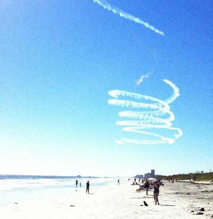 The Palms Retro: Air Show on beach