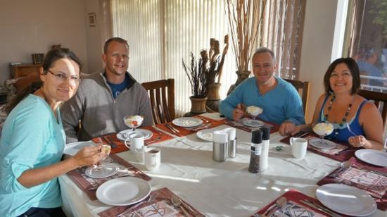Carol of the Cape Winelands Lodge: Breakfast at Winelands Lodge