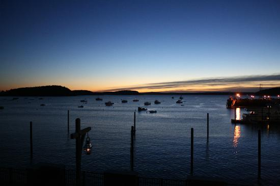 Harborside Hotel & Marina: sunrise from balcony