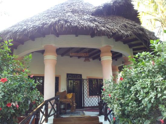 African House Resort: Private cottage