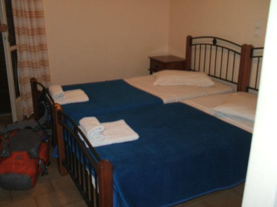 Holiday Beach Resort: our room