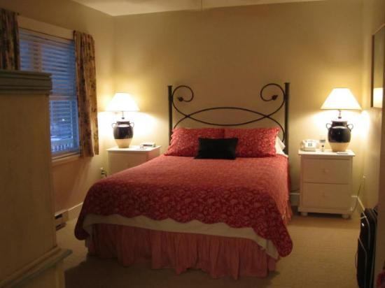 Edgewater Resort : Bedroom