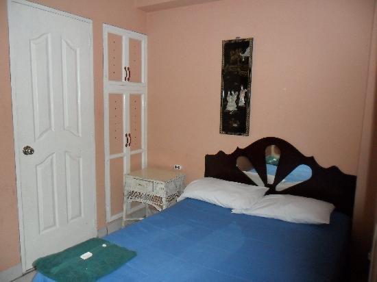 Hotel La Profe : son habitaciones exelentes, aseadas y el servicio es muy cordial