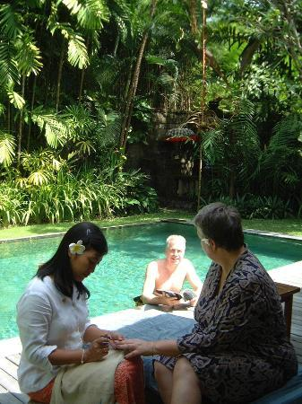 Bali Pavilions: Spa treatmnet in the villa