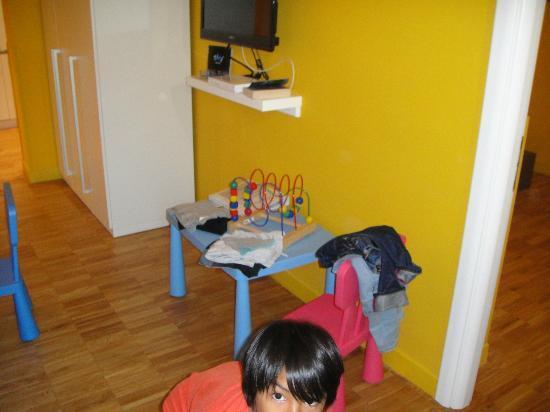Ripetta 25: Small corner for younger kids