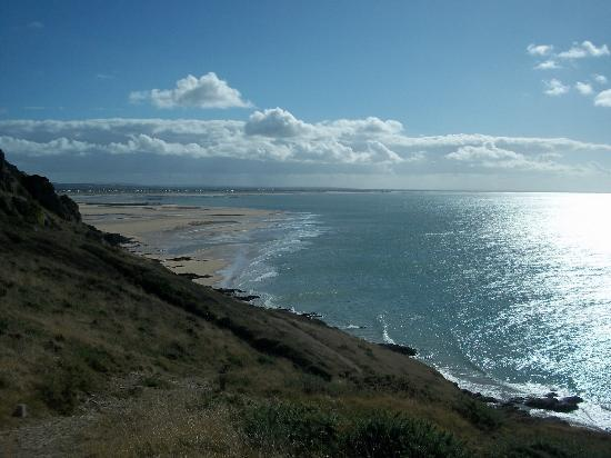 Cap Carteret: La plage de la Potiniere.