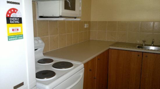 Tradewinds Hotel Fremantle : kitchen