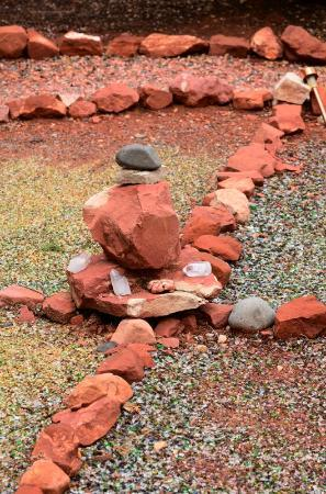 Alma de Sedona Inn Bed & Breakfast: Medicine Wheel in the Garden