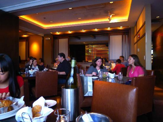 One Of Several Dining Rooms Picture Of Reel Club Oak Brook TripAdvisor