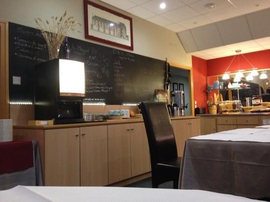 Inter Hôtel Le Cosy: restaurant