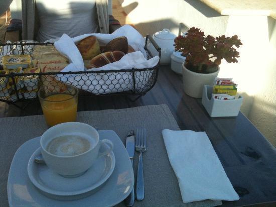 Villa Lieta: breakfast is served!