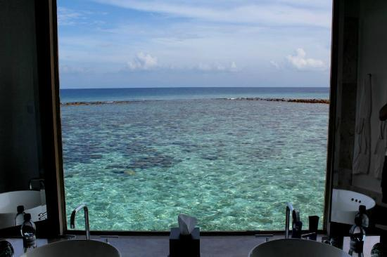 Jumeirah Vittaveli: View from lagoon villa bathroom