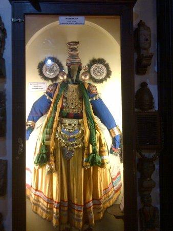 Kerala Folklore Museum: dress