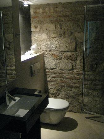 Hotel Vestibul Palace : Bathroom