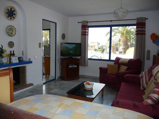 Apartamentos El Minarete: lounge area