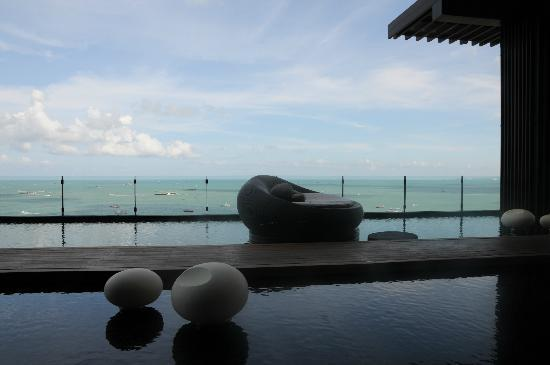 Hilton Pattaya: reception floor, cool again