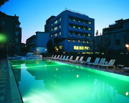 Hotel Ras: getlstd_property_photo