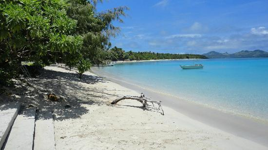 Oarsman's Bay Lodge: Oarsman's Lodge beach