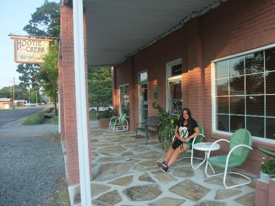 Hootie Creek House Bed & Breakfast: Hootie Creek Porch