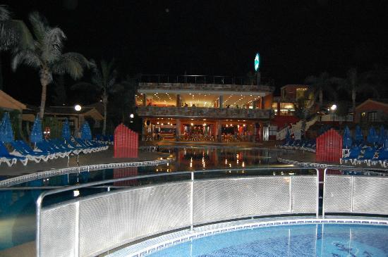 Dunas Maspalomas Resort: Restaurant (1st floor) Bar and Disco