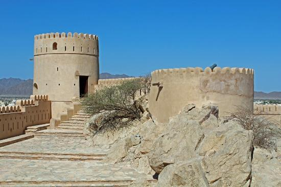 ‪نخل, عمان: Nakhal Fort Towers