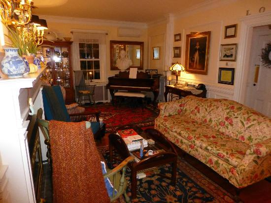 Captain David Kelley House : Stunning Lounge