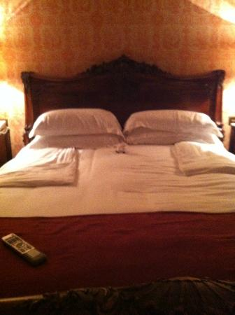 Kilworth House Hotel: Turn down service