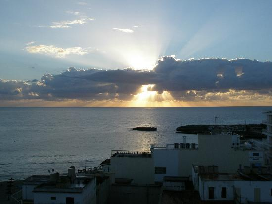 Playa Moreia Apartments: another sunrise