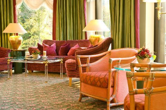 SETA Hotel: Lobby