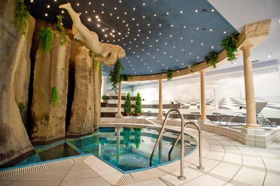 SETA Hotel: Pool