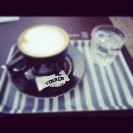 Volver Bar Tapas Cafe: Volver am Samstag Morgen