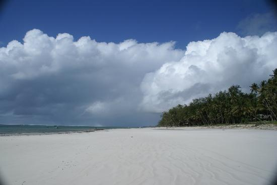 Diani Blue: big skies and beautiful beach